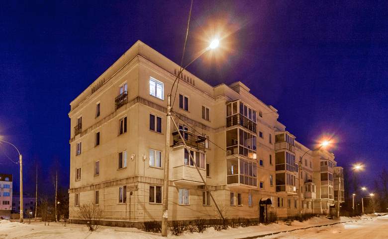 г Пушкин, ул Гусарская 8к3– 2
