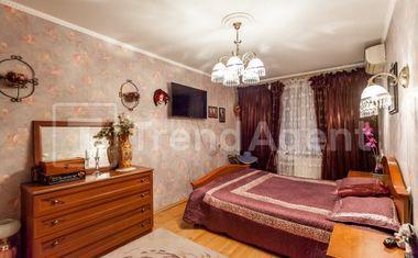 3-комнатная, 77.8 м²– 4