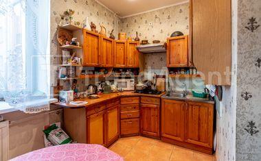 3-комнатная, 82.9 м²– 6
