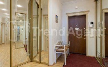 2-комнатная, 81.6 м²– 10