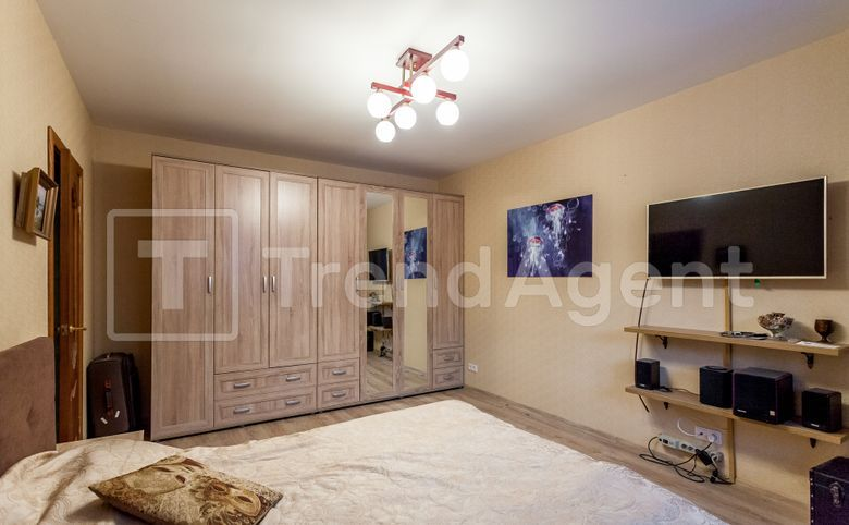 3-комнатная квартира, 71.3 м², 1 этаж – 2