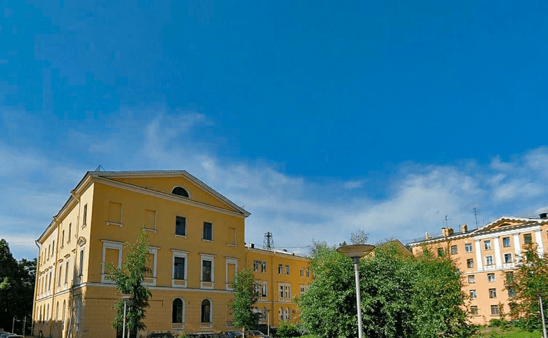 пр-кт Стачек, 144