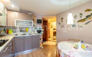 3-комнатная, 92.8 м²– 8