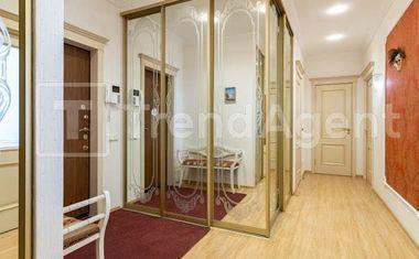 2-комнатная, 81.6 м²– 9