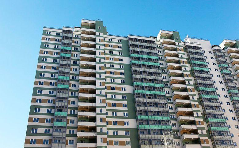 Яркие лаконичные фасады