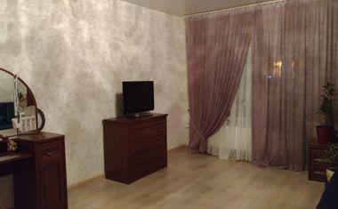3-комнатная, 81 м²– 1