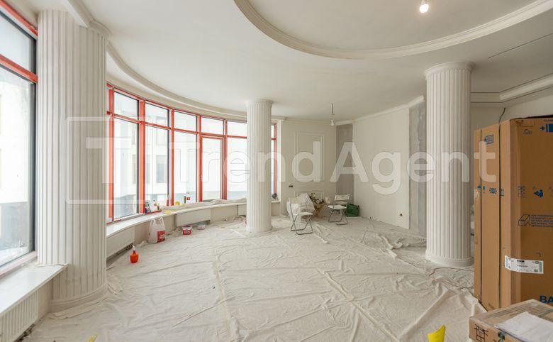 3Е-комнатная квартира, 181.7 м², 3 этаж – 1