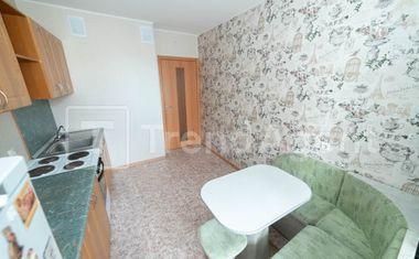 1-комнатная, 42.3 м²– 6