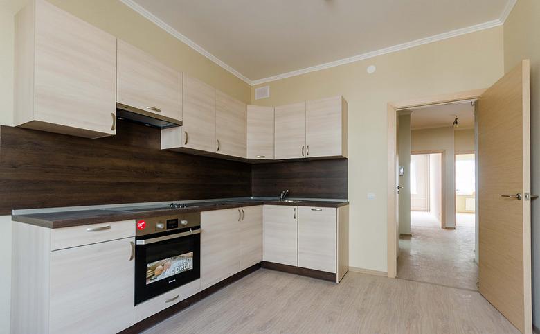 4Е-комнатная квартира, 71.2 м², 1 этаж – 2