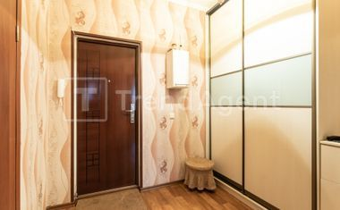 1-комнатная, 45 м²– 7