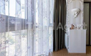 2-комнатная, 81.6 м²– 4