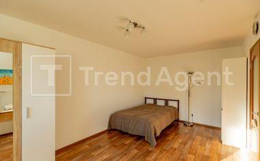 1-комнатная, 37.6 м²– 8