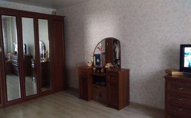 3-комнатная, 81 м²– 2