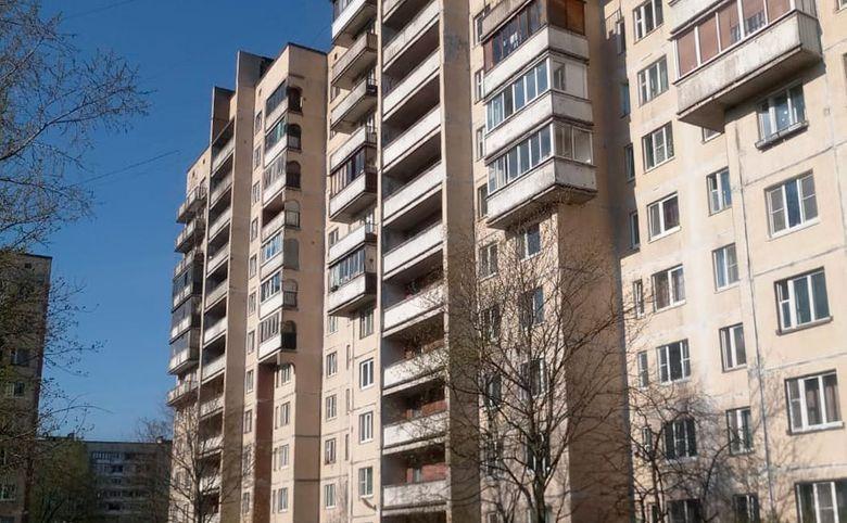 ул Коммуны, 32