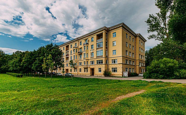 Санкт-Петербургское шоссе, 13– 1