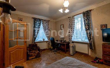 3-комнатная, 82.9 м²– 4
