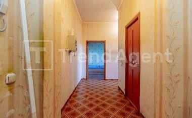 1-комнатная, 41.8 м²– 4