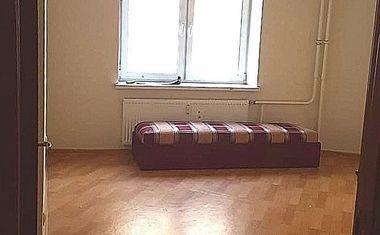3-комнатная, 73.7 м²– 4