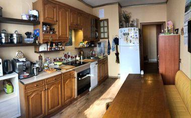 3-комнатная, 81.2 м²– 4