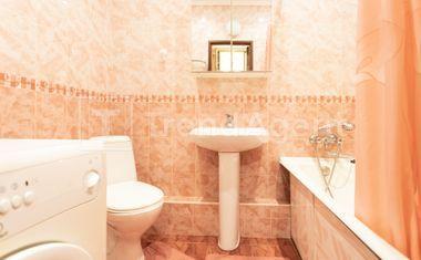 1-комнатная, 45 м²– 8