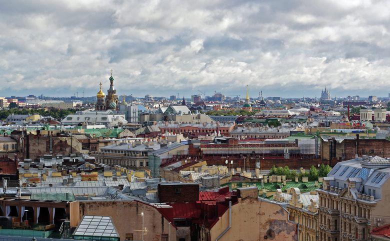 Квартиры с видом на Исаакиевский и Троицкий соборы