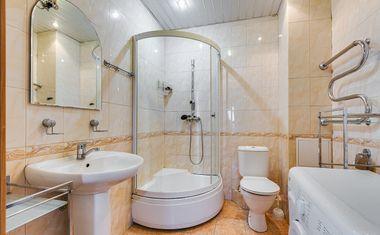 1-комнатная, 42 м²– 7