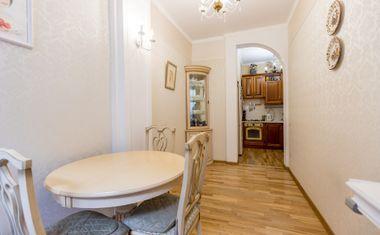 3-комнатная, 68 м²– 3