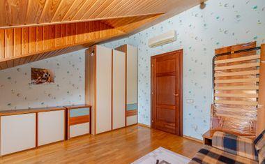 5-комнатная, 161.75 м²– 2