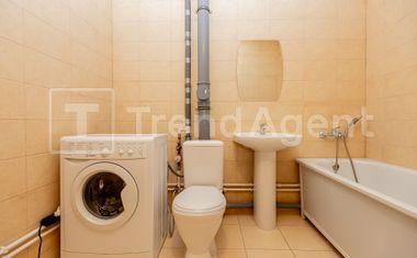1-комнатная, 37.6 м²– 14