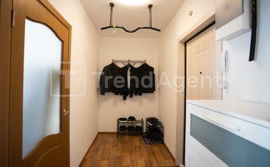 1-комнатная, 42.9 м²– 7