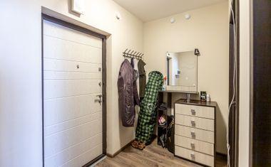 1-комнатная, 40 м²– 8