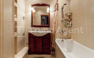 1-комнатная, 44 м²– 6