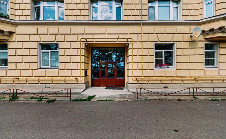 Санкт-Петербургское шоссе, 13– 3