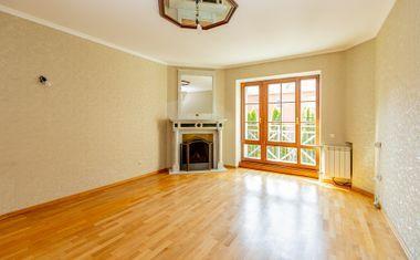 5-комнатная, 161.75 м²– 9