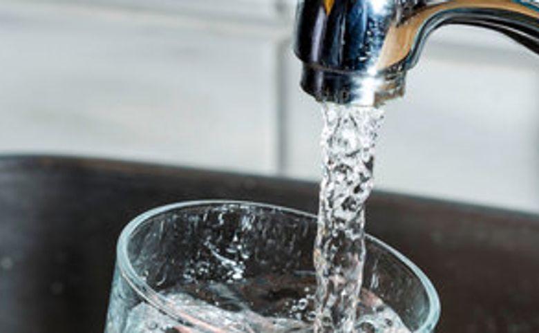 Четырехступенчатая система очистки воды с ультрафиолетом