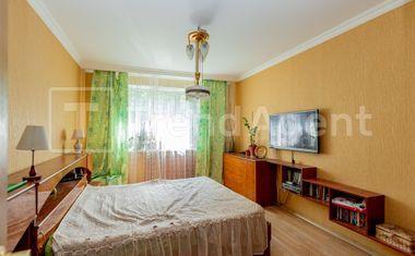 3-комнатная, 69 м²– 4