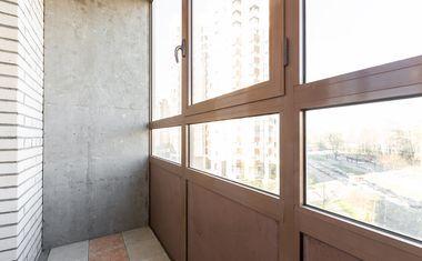 1-комнатная, 42 м²– 8