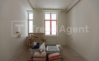 3Е-комнатная, 181.7 м²– 4