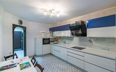 2-комнатная, 65.8 м²– 6