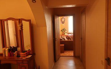 3-комнатная, 103.7 м²– 8
