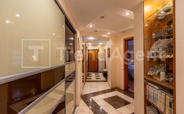 3-комнатная, 92.8 м²– 9