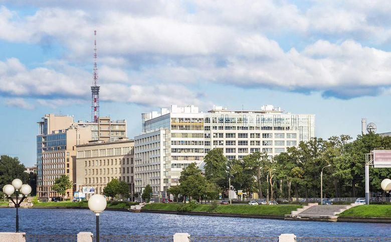 4Е-комнатная квартира, 155.5 м², 9 этаж – 5