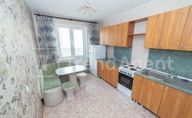 1-комнатная, 42.3 м²– 5