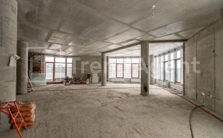 5Е-комнатная квартира, 339.2 м², 4 этаж – 3