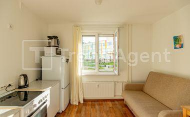 1-комнатная, 37.6 м²– 10