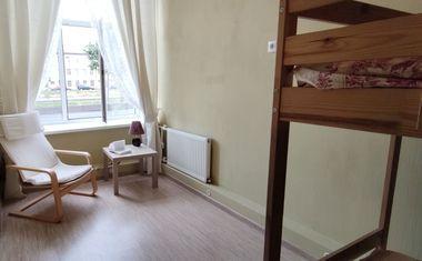 3-комнатная, 57.5 м²– 3
