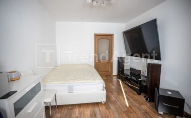 1-комнатная, 42.9 м²– 1