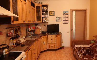 3-комнатная, 103.7 м²– 6