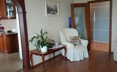 3-комнатная, 75 м²– 3