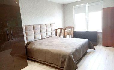 3-комнатная, 86.9 м²– 1